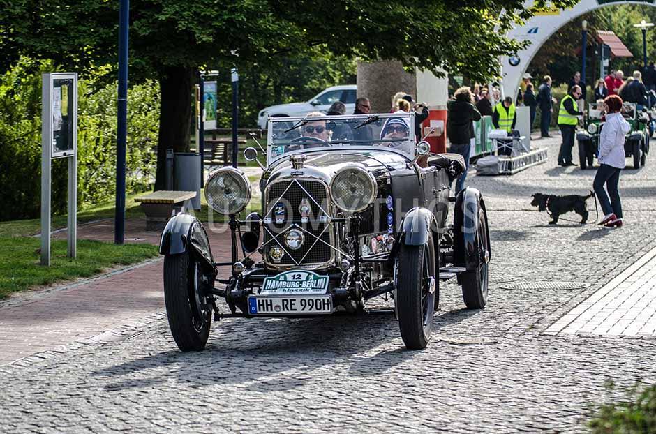 Automythos | 5. Hamburg Berlin Klassik 2012 | 12 | Robert M. Eckelmann & Carina Eckelmann | Lagonda W 24 Tourer