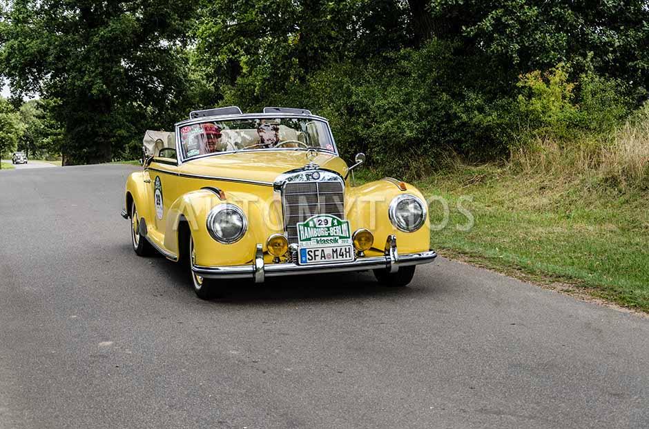 Automythos | 5. Hamburg Berlin Klassik 2012 | 29 | Jürgen-Hinrich Asche & Susanne Asche | Mercedes-Benz W188 300 S Cabriolet A