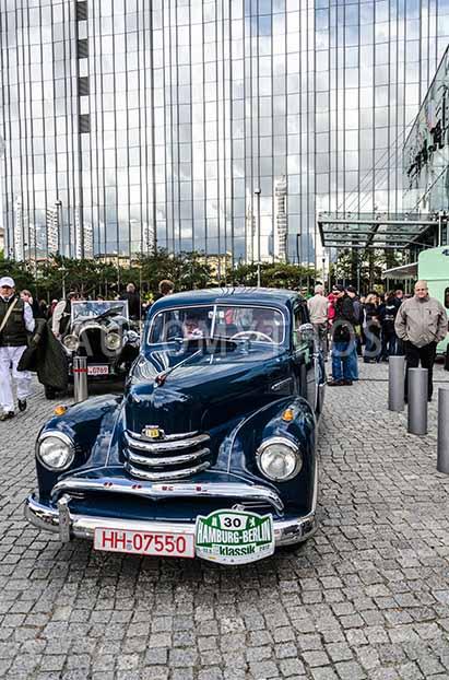 Automythos | 5. Hamburg Berlin Klassik 2012 | 30 | Klaus Dörner & Erika Dörner | Opel Kapitän
