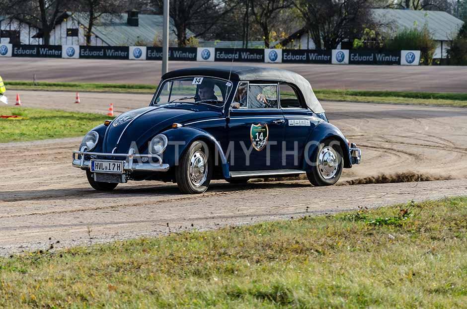 Automythos | 1. Herbstfahrt Berlin 2012 | 14 | Carsten Liebetrau & Iris Liebetrau & Philip Liebetrau | Volkswagen Käfer Cabriolet