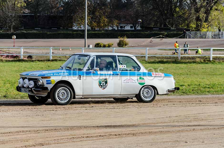 Automythos | 1. Herbstfahrt Berlin 2012 | 25 | Bernd Biskup & Peter Wingens | BMW 2002 Rallye Replica