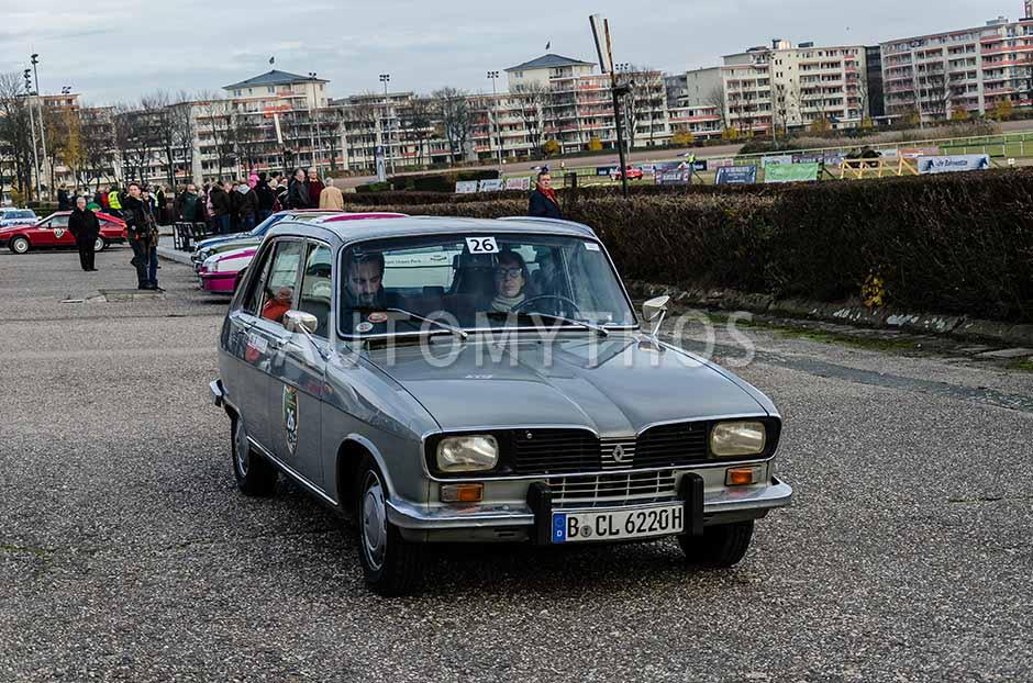 Automythos   1. Herbstfahrt Berlin 2012   26   Renate Freiling & Arne Fischer   Renault R16TL