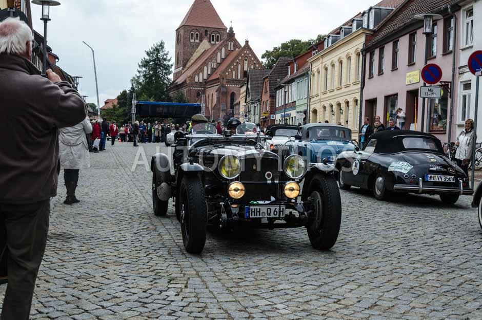 Automythos | 6. Hamburg Berlin Klassik Rallye 2013 | 7 | Thomas Deitlaff & Dominique Oechsle | Alvis Silver Eagle