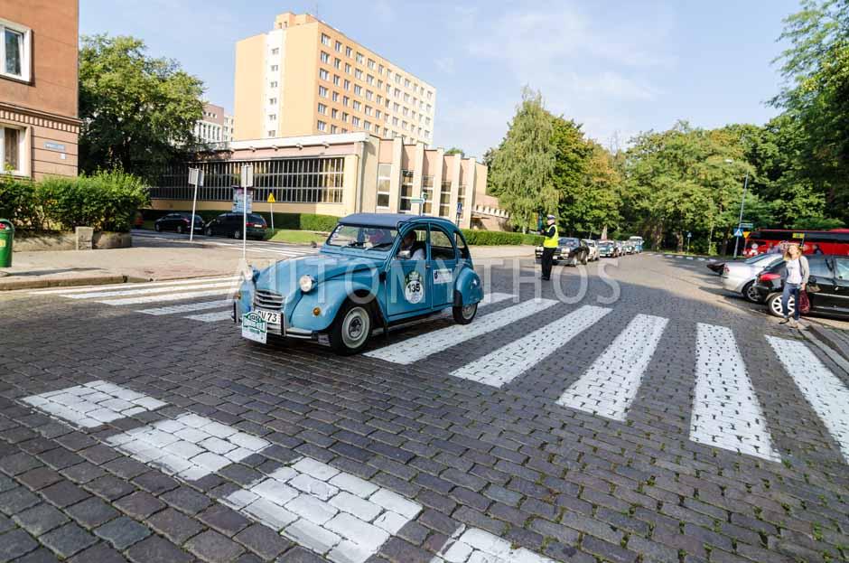 Automythos | 7. Hamburg Berlin Klassik 2014 | 135 | Uwe Schovanka & Jutta Schovanka | Citroën 2CV4