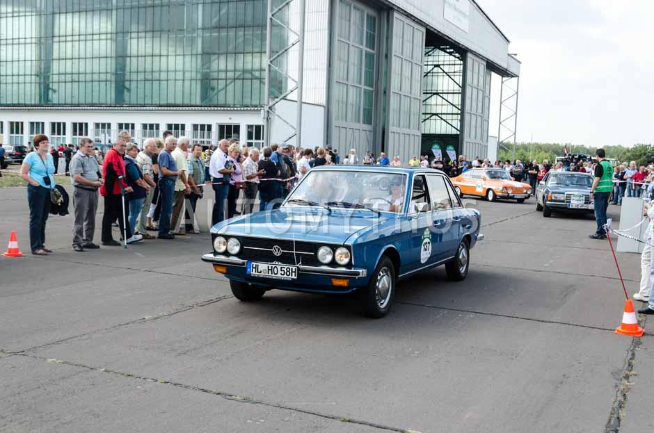 Automythos | 7. Hamburg Berlin Klassik 2014 | 137 | Dr. Martina Jordan-Oldenburg & Henning Oldenburg | Volkswagen K70
