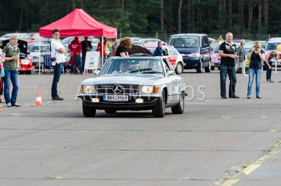 Automythos | 7. Hamburg Berlin Klassik 2014 | 139 | Martin Jahn & Thomas Borbelj | Mercedes-Benz R107 350 SL