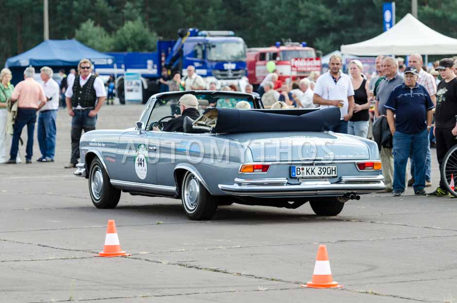 Automythos | 7. Hamburg Berlin Klassik 2014 | 141 | Günther Frauenkron & Sandra Wanzeck | Mercedes-Benz W111 280 SE Cabriolet