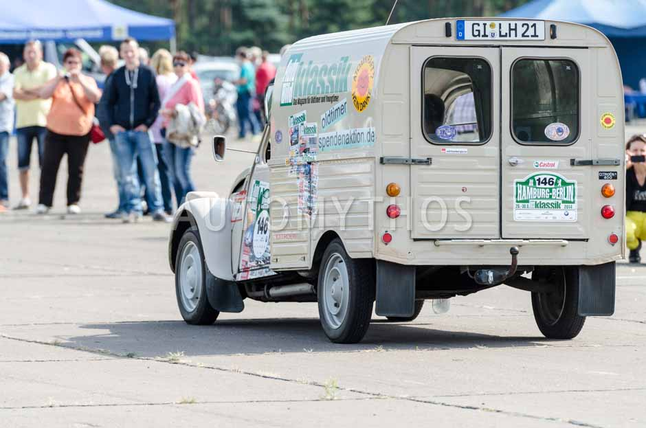 Automythos | 7. Hamburg Berlin Klassik 2014 | 146 | Holger Böhme & Thomas Überall | Citroën 2CV AK