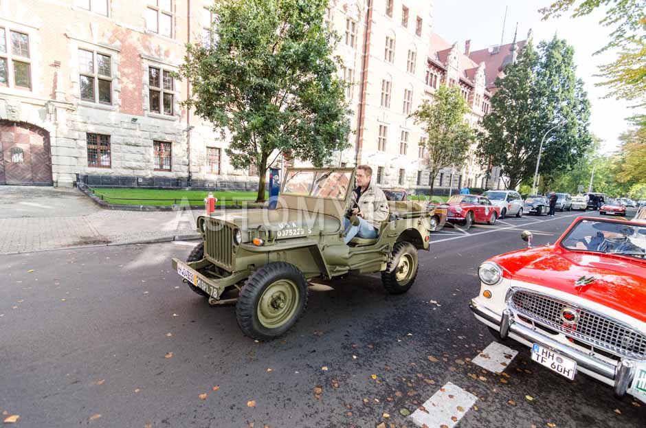 Automythos | 7. Hamburg Berlin Klassik 2014 | 17 | Markus Hauf & Patrick Broich | Willys Overland MB