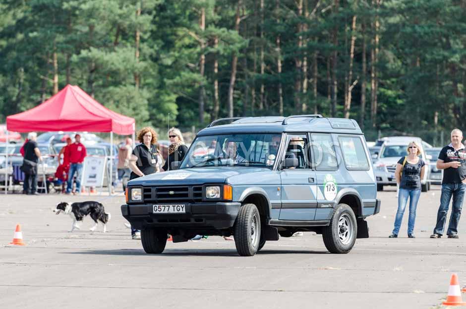 Automythos | 7. Hamburg Berlin Klassik 2014 | 173 | Mayk Wienkötter & Bernhard Weinbacher | Land Rover Discovery Mk I