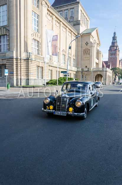 Automythos   7. Hamburg Berlin Klassik 2014   26   Nicolaus Articus & Dr. Michael Articus   Mercedes-Benz W186 II 300 Adenauer