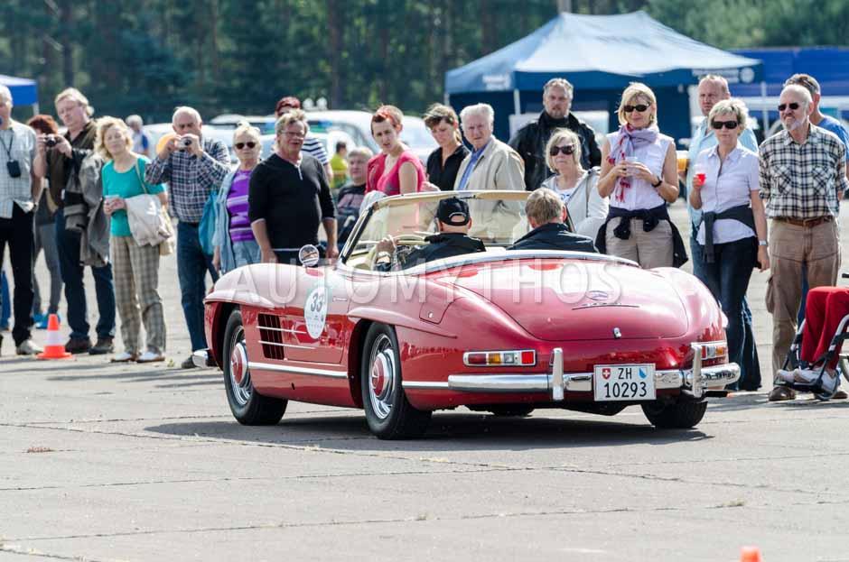 Automythos | 7. Hamburg Berlin Klassik 2014 | 33 | Georg Weidmann & Curt Bloss | Mercedes-Benz W198 II 300 SL Roadster