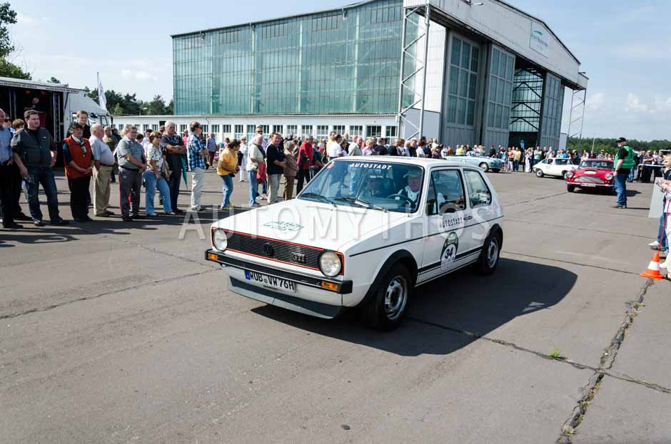Automythos | 7. Hamburg Berlin Klassik 2014 | 34 | Otto-Ferdinand Wachs & Dennenesch Zoudé | Volkswagen Golf I GTI
