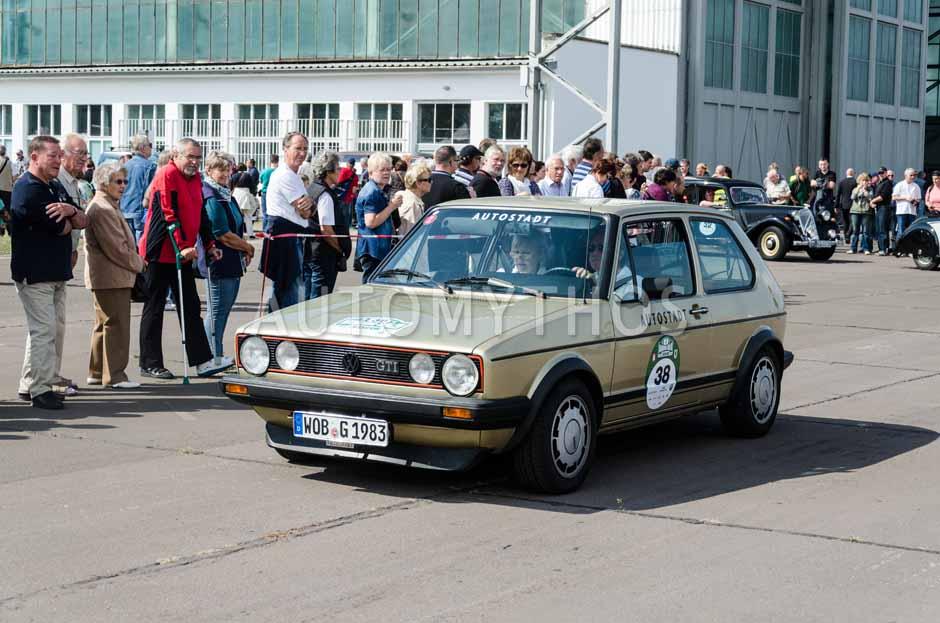 Automythos | 7. Hamburg Berlin Klassik 2014 | 38 | Christian Geistdörfer & Katharina Schubert | Volkswagen Golf I GTI Pirelli