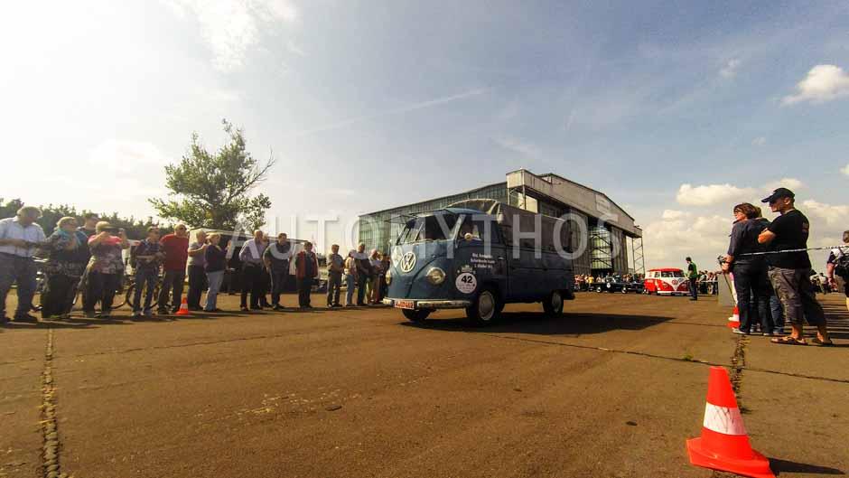 Automythos | 7. Hamburg Berlin Klassik 2014 | 42 | Fred-Martin Dillenberger & Alexander Prinz | Volkswagen Transporter T1 Pritsche