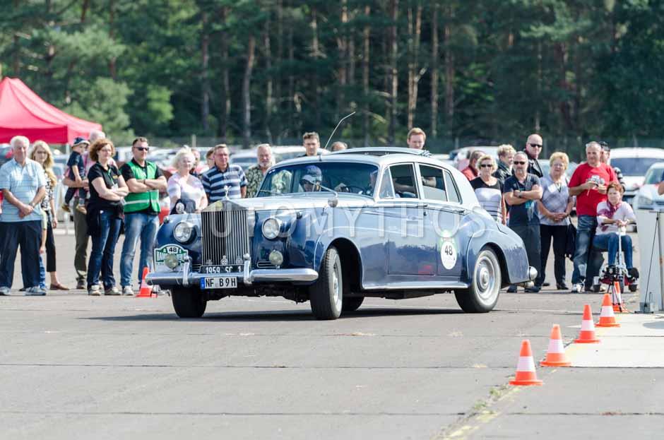 Automythos | 7. Hamburg Berlin Klassik 2014 | 48 | Dr. Ulrich H. Wittkopp & Christian Scheuerl | Rolls-Royce Silver Cloud I