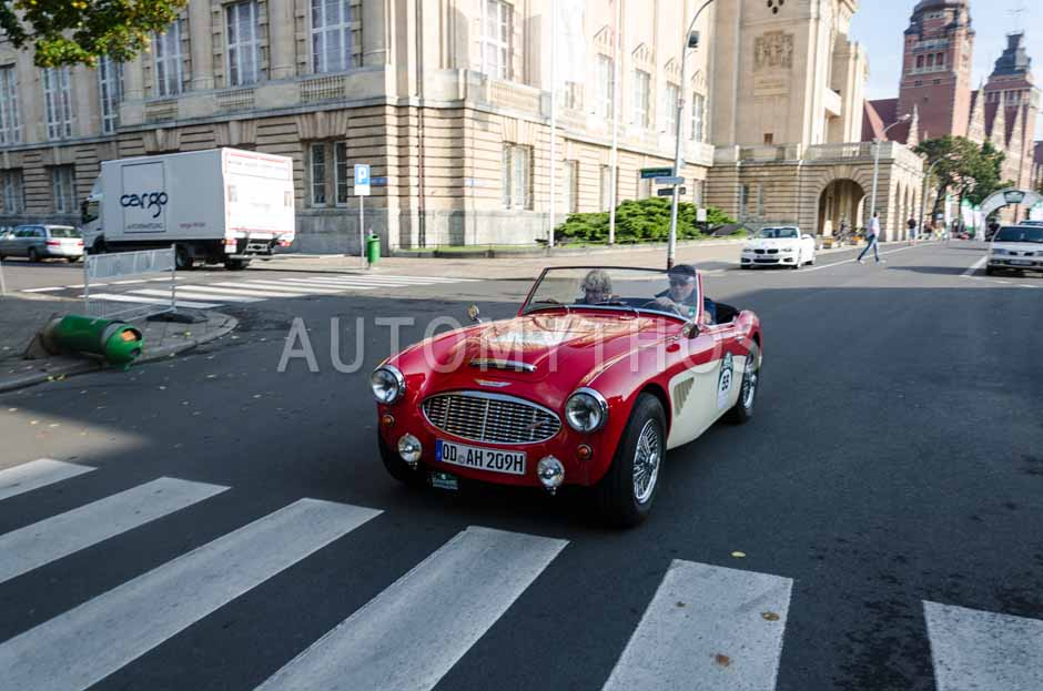 Automythos | 7. Hamburg Berlin Klassik 2014 | 55 | Kay Muche & Dr. Corinna Peter | Austin-Healey 3000 MK I