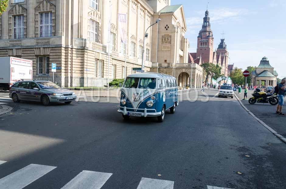 Automythos | 7. Hamburg Berlin Klassik 2014 | 68 | Robert Pauli & Martin Saage | Volkswagen T1 Samba Bus