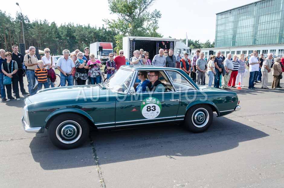 Automythos | 7. Hamburg Berlin Klassik 2014 | 83 | Olaf Klinger & Mats Klinger | Mercedes-Benz W113 230 SL Pagode