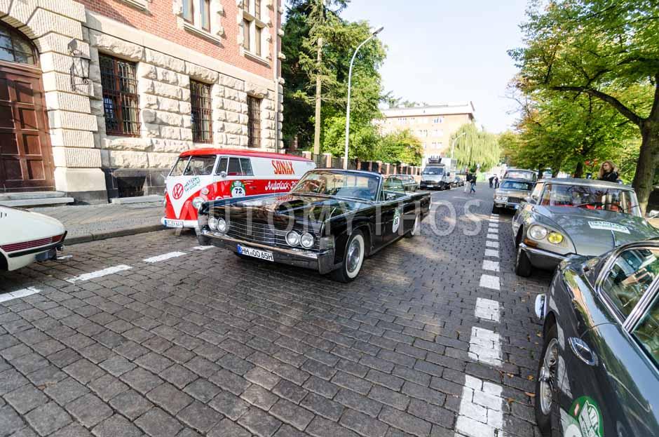 Automythos | 7. Hamburg Berlin Klassik 2014 | 85 | René Schoras & Katja Schoras | Lincoln Continental Convertible