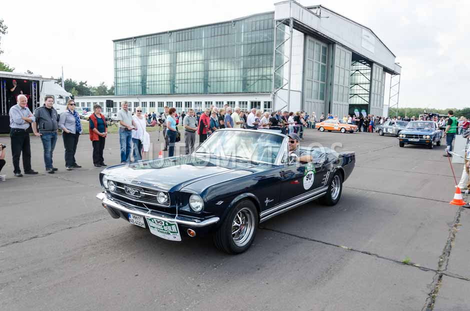 Automythos | 7. Hamburg Berlin Klassik 2014 | 90 | Stefan Eggers & Verena Bensberg | Ford Mustang Cabriolet