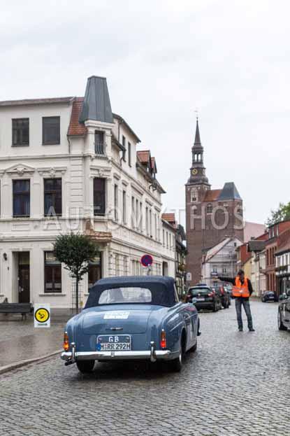 Automythos | 8. Hamburg Berlin Klassik 2015 | 101 | Ruth Hucklenbroich & Armin Rohde | Rolls-Royce Silver Cloud III Drophead Coupé