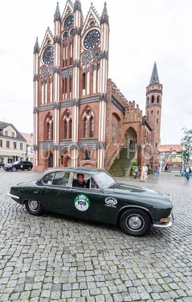 Automythos | 8. Hamburg Berlin Klassik 2015 | 109 | Marius Brune & Martin Stromberg | Jaguar 420