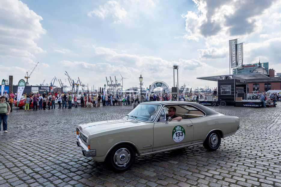 Automythos | 8. Hamburg Berlin Klassik 2015 | 133 | Harald Hamprecht & Michael Görmann | Opel Commodore B GS/E & Opel Commodore A