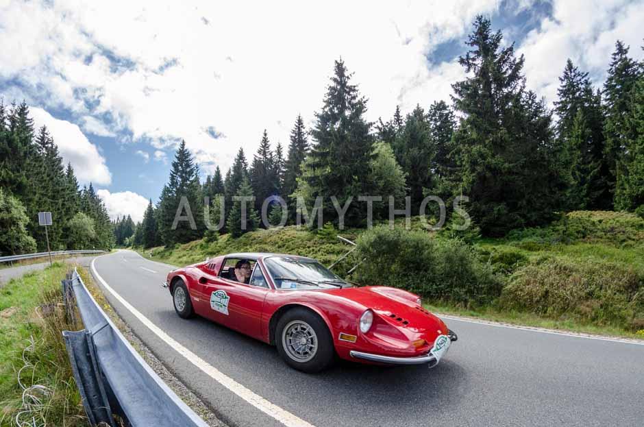 Automythos | 8. Hamburg Berlin Klassik 2015 | 145 | Annette Abaci & Julia Edwards | Ferrari Dino GTS