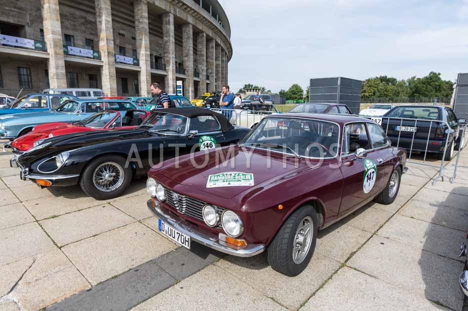 Automythos | 8. Hamburg Berlin Klassik 2015 | 147 | Werner Krüger & Dagmar Peters | Alfa Romeo GT 1600 Junior