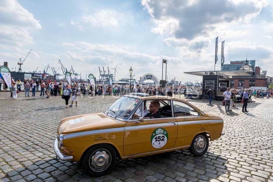 Automythos   8. Hamburg Berlin Klassik 2015   152   Marc Philippzik & Carsten Juhnke   DAF 55 Coupé