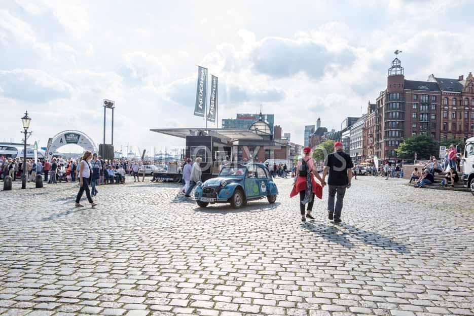 Automythos | 8. Hamburg Berlin Klassik 2015 | 166 | Claus Dobritzhofer & Thomas Hagmann | Citroën 2 CV 6