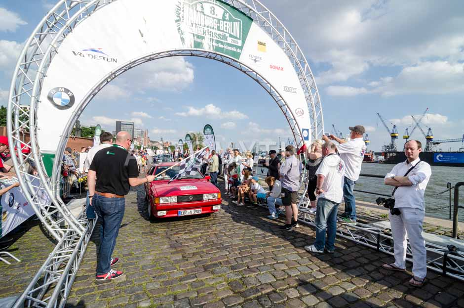 Automythos | 8. Hamburg Berlin Klassik 2015 | 177 | Volkmar Kruspig & Rita Kruspig | Volkswagen Scirocco GT II