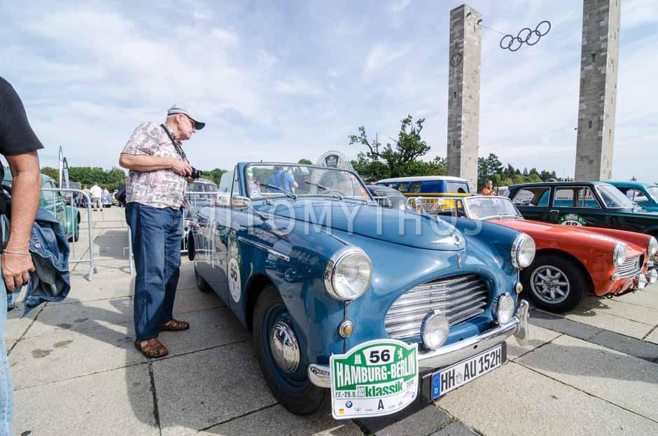 Automythos | 8. Hamburg Berlin Klassik 2015 | 56 | Stefan Wulff & Christin Quack-Wulff | Austin A40 Sports Cabriolet & Mercedes-Benz W123 240 D