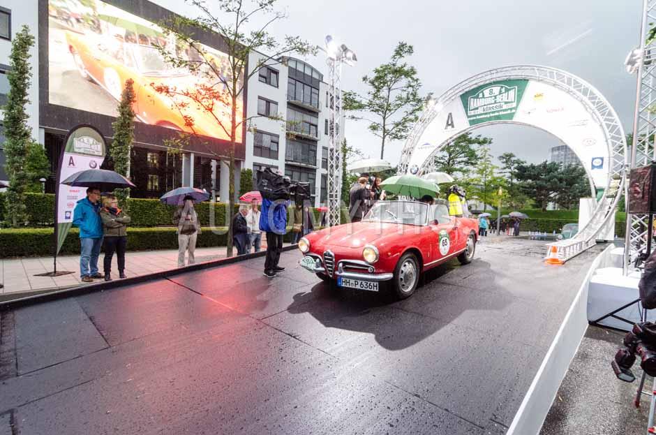 Automythos | 8. Hamburg Berlin Klassik 2015 | 65 | Michael Pitsch & Christina Pitsch | Alfa Romeo Giulietta Spider