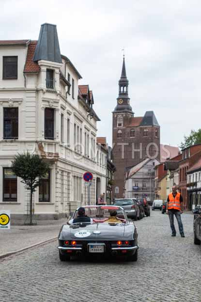 Automythos | 8. Hamburg Berlin Klassik 2015 | 66 | Olaf Meyers & Susanne Meyers | Chevrolet Corvette C1