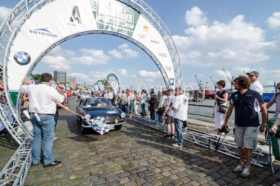 Automythos   8. Hamburg Berlin Klassik 2015   83   Dennis Horstmann & Julia Horstmann-Griefahn   Fiat 2300 S Coupé