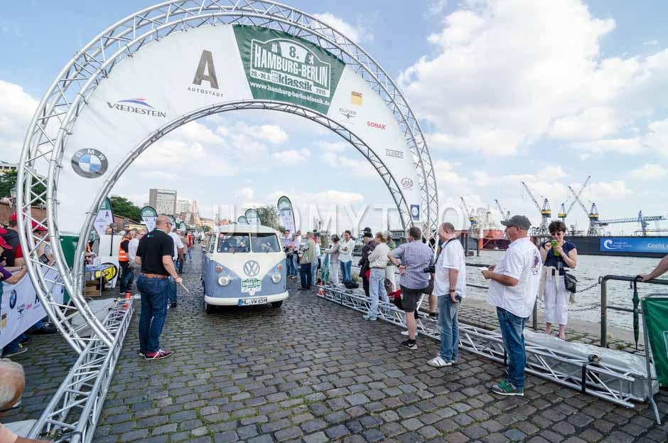 Automythos   8. Hamburg Berlin Klassik 2015   85   Carsten Möller & Julius Brink   Volkswagen T1