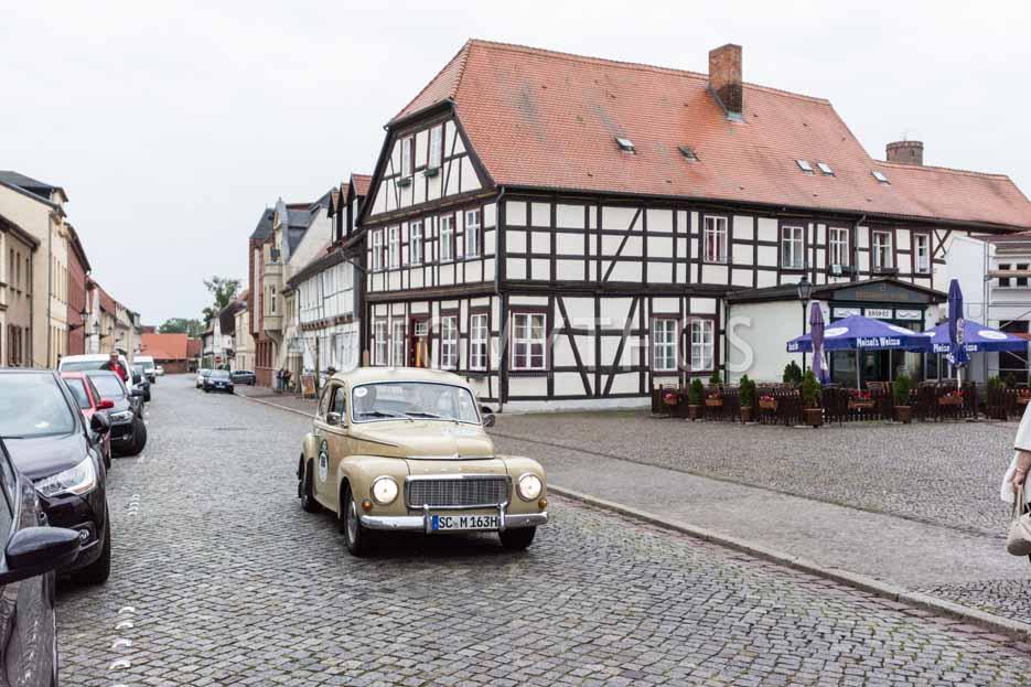 Automythos   8. Hamburg Berlin Klassik 2015   86   Felix Müller & Philipp Müller   Volvo PV544 & Volkswagen Golf I GTI