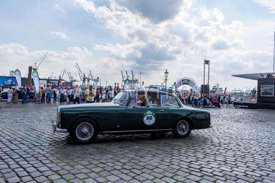 Automythos | 8. Hamburg Berlin Klassik 2015 | 88 | Pieter Wasmuth & Andrea Wasmuth | Alvis TE 21