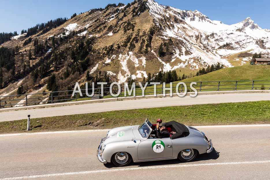 Automythos | 5. Bodensee Klassik 2016 | 21 | Prof. Dr. Stefan Mecheels & Julia Mecheels | Porsche 356 (Pre-A) Continental Cabriolet