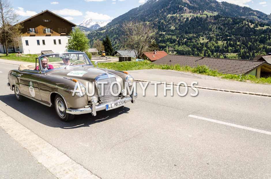 Automythos | 5. Bodensee Klassik 2016 | 27 | Manfred Biesinger & Jutta Biesinger | Mercedes-Benz 220 S Cabriolet