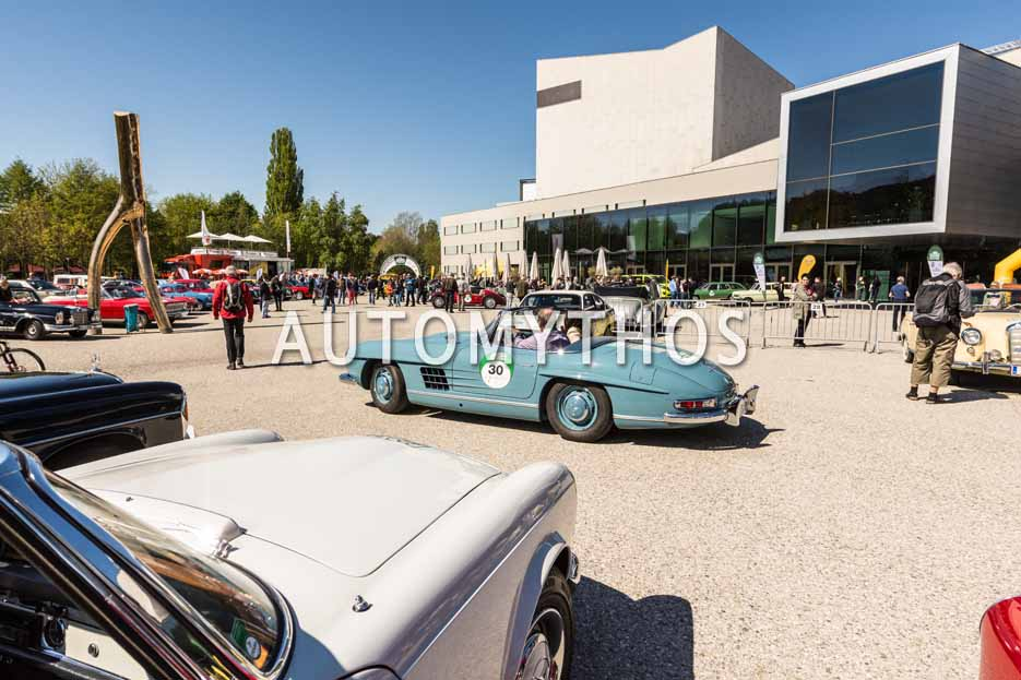 Automythos | 5. Bodensee Klassik 2016 | 30 | Aylin Meier-Geißinger & Dr. Jürgen Geißinger | Mercedes-Benz 300 SL