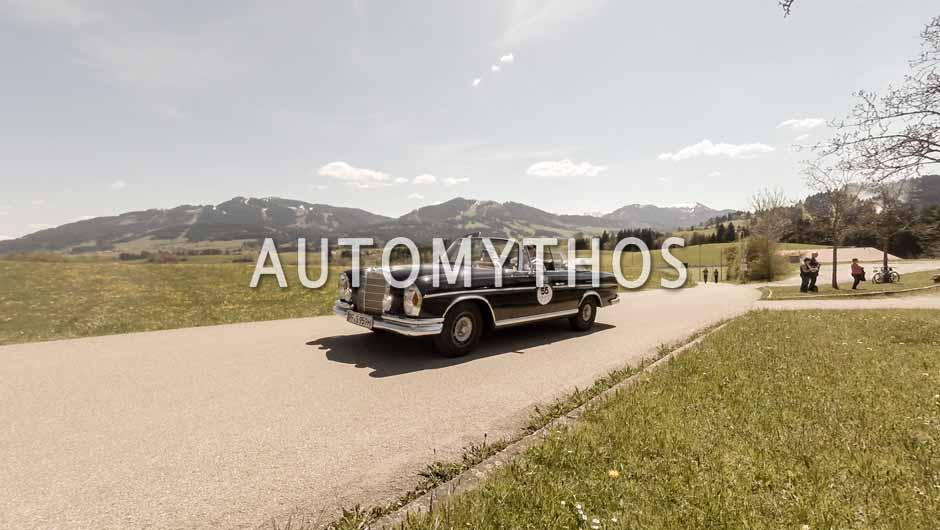 Automythos   5. Bodensee Klassik 2016   55   Josef Streber & Slavica Streber   Mercedes-Benz 300 SE Cabriolet
