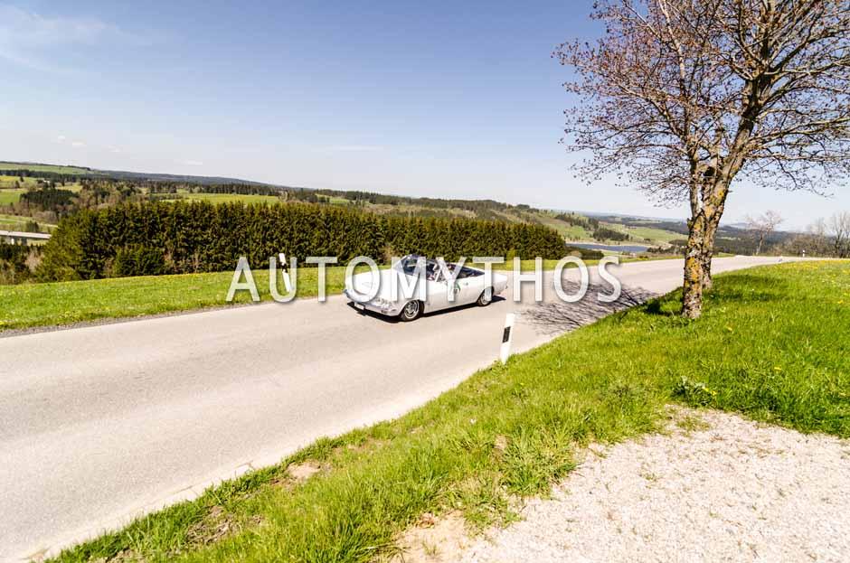 Automythos | 5. Bodensee Klassik 2016 | 62 | Albert Oberholzer & Kathrin Exer-Oberholzer | Chevrolet Corvair Monza Spyder