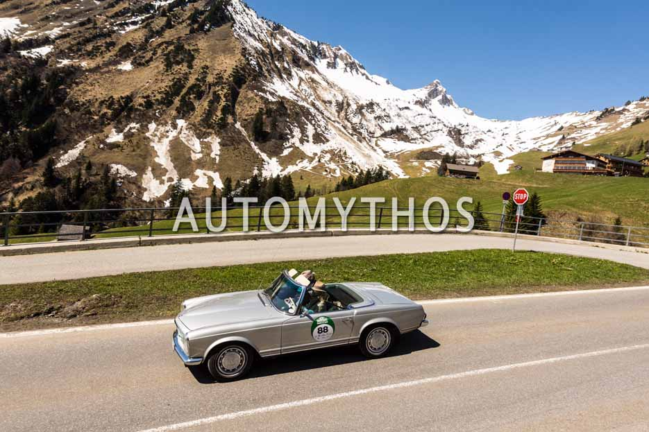 Automythos | 5. Bodensee Klassik 2016 | 88 | Anke Oehm & Ulrich Oehm | Mercedes-Benz 280 SL
