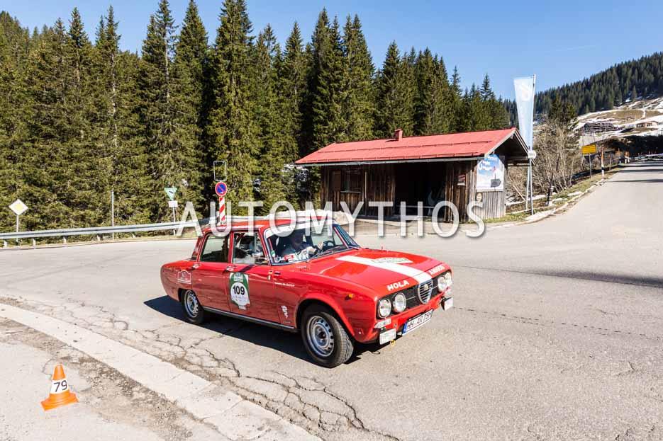 Automythos | 5. Bodensee Klassik 2016 | 109 | Jörn Rompel & Sophie Rompel | Alfa Romeo 2000 Berlina