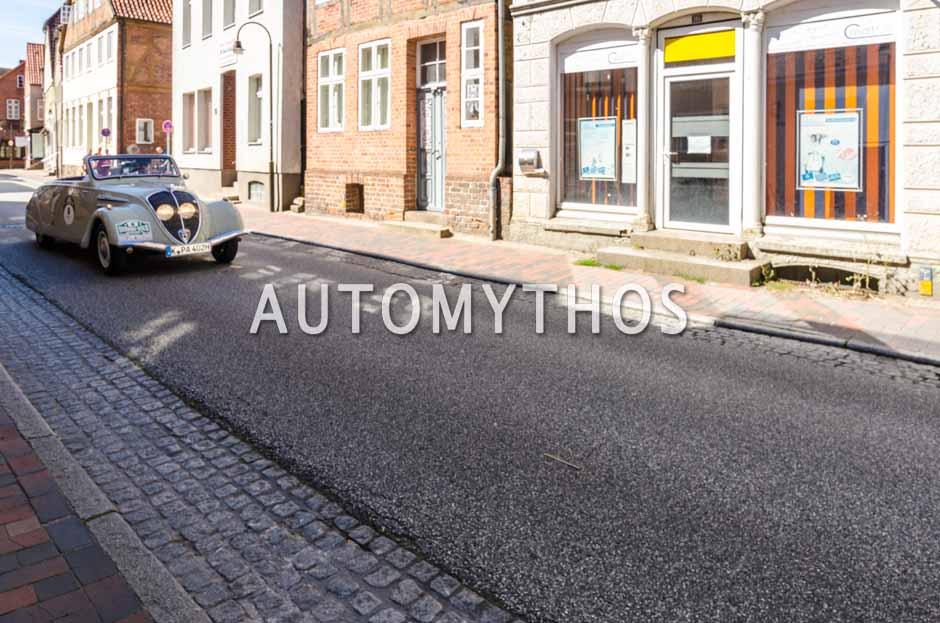 Automythos   9. Hamburg Berlin Klassik 2016   8   Rick Hermanns   Peugeot 402 Eclipse