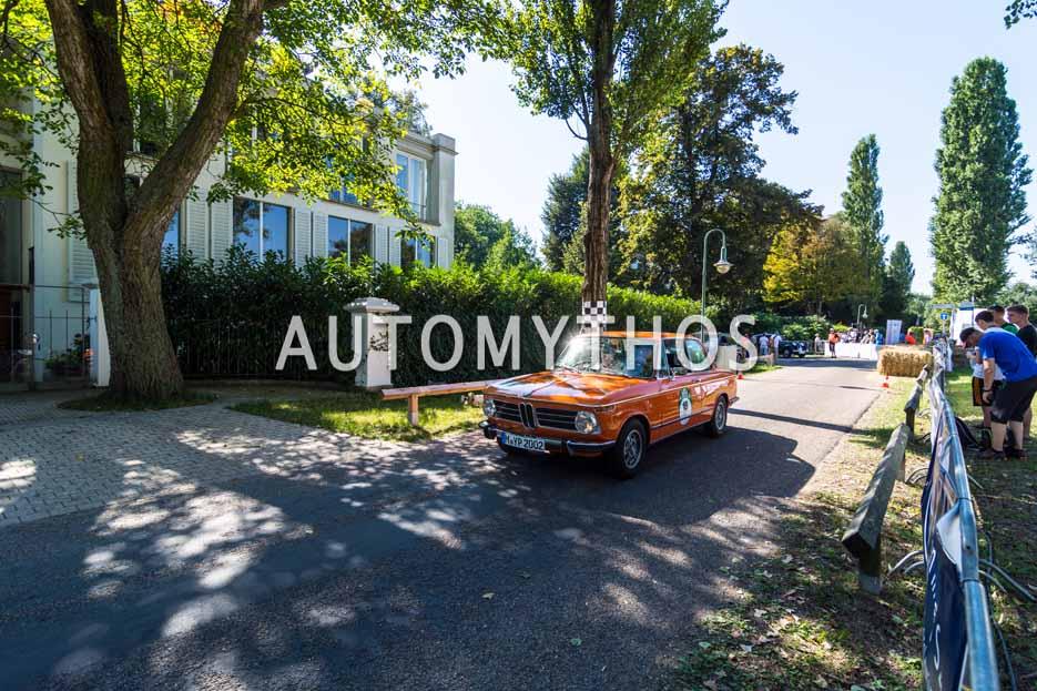 Automythos | 9. Hamburg Berlin Klassik 2016 | 18 | Des Sellmeijer & Boris Pieritz | BMW 2002 tii Gläserne Werkstatt