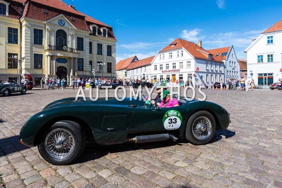 Automythos | 9. Hamburg Berlin Klassik 2016 | 33 | Ulrich Maas & Ute Maas | Jaguar C-Type